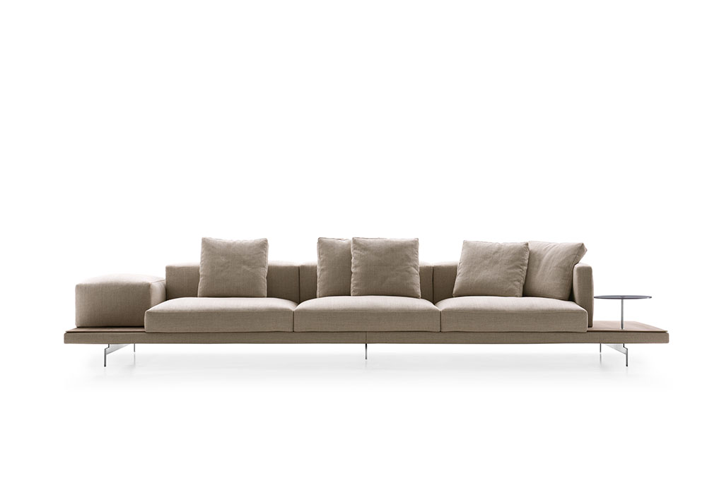 H+R | B&B Italia > Dock Sofa