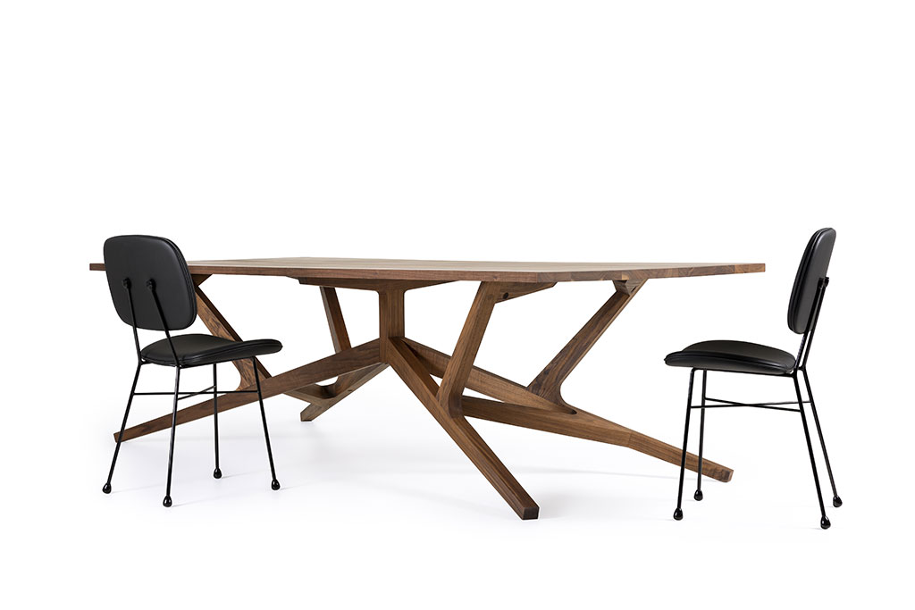 H+R   Moooi > Liberty table