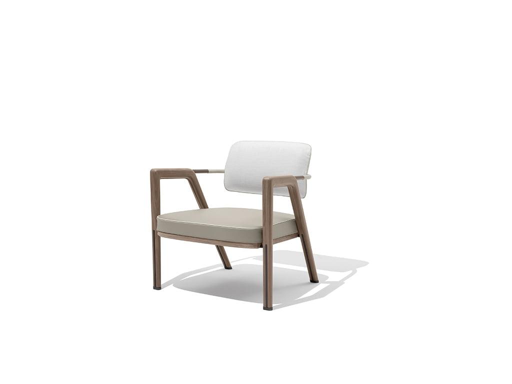 H+R   Giorgetti > Elsa armchair